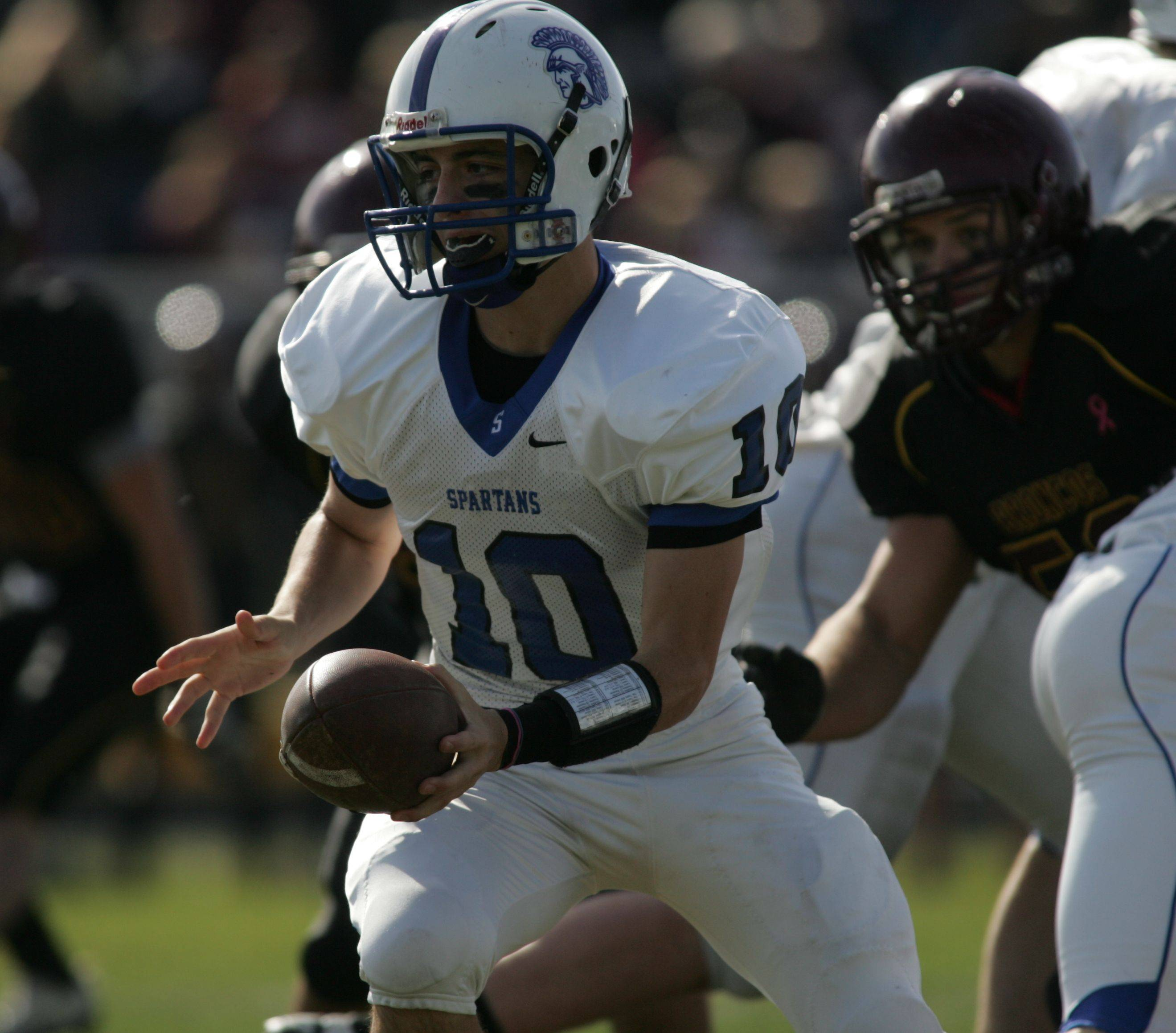 Playoffs � week one � St. Francis at Montini playoff football.