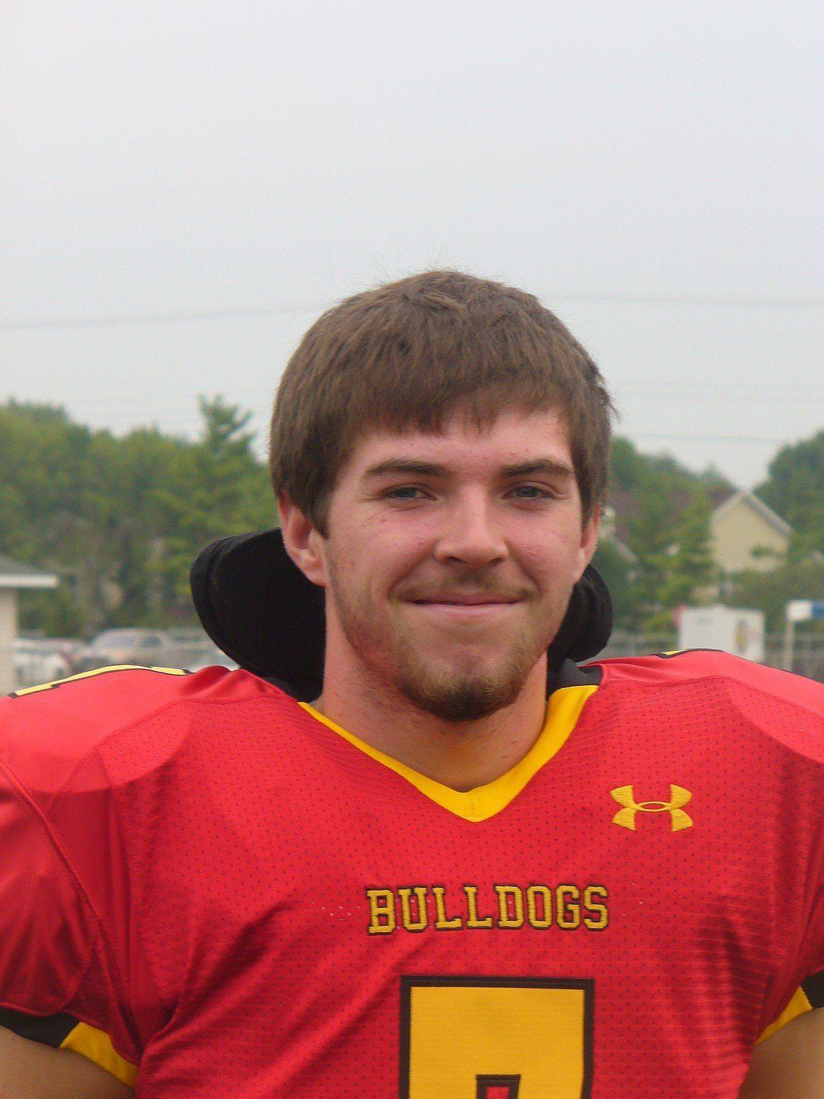 "DEFENSIVE MVPAustin HigginsBatavia Bulldogs coach Dennis Piron exclaimed the senior linebacker was ""everywhere"" in Batavia's 36-7 win over Marmion. The 6-foot, 175-pound Higgins made 8 solo tackles and added 4 assists, a sack and 2 passes defended. Plus, he provided the Bulldogs with a 24-0 lead by returning an interception 36 yards for a touchdown."