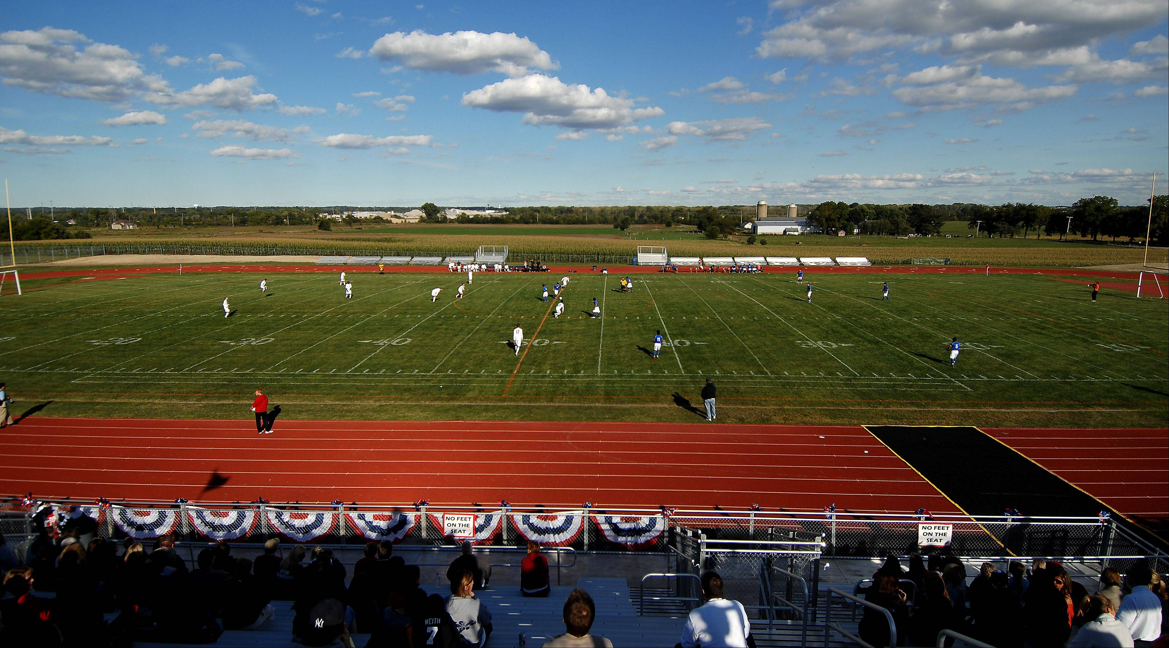 Big win in new digs for South Elgin