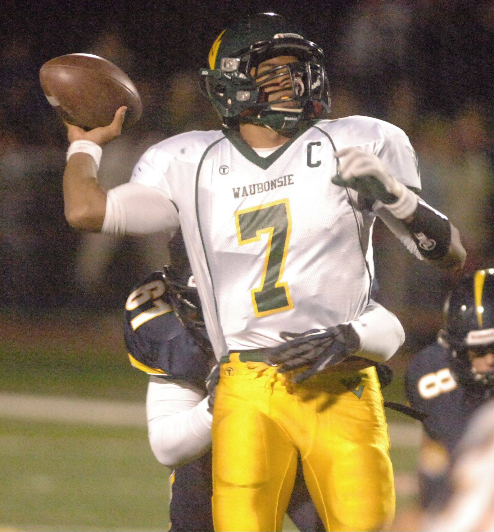 Quarterback Dylan Warden hopes to lead Waubonsie Valley to a bounce-back win against East Aurora on Friday night in Aurora.
