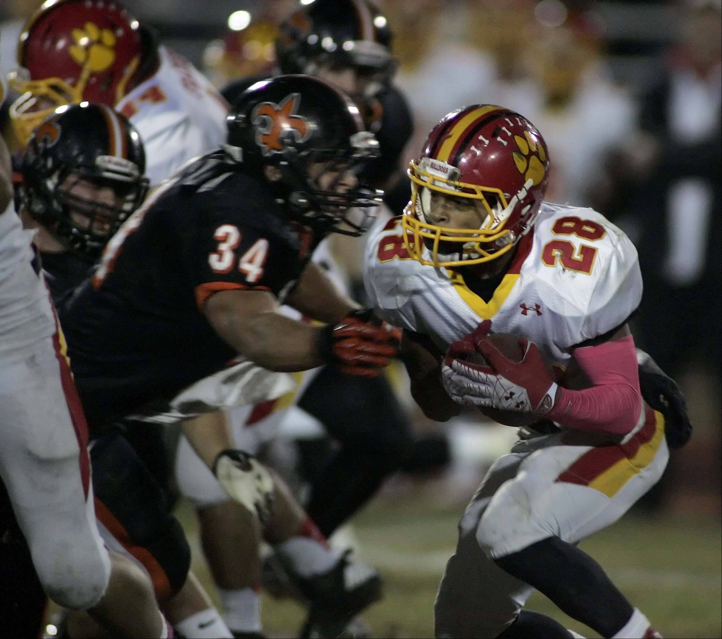 Images: Batavia vs. St. Charles East football