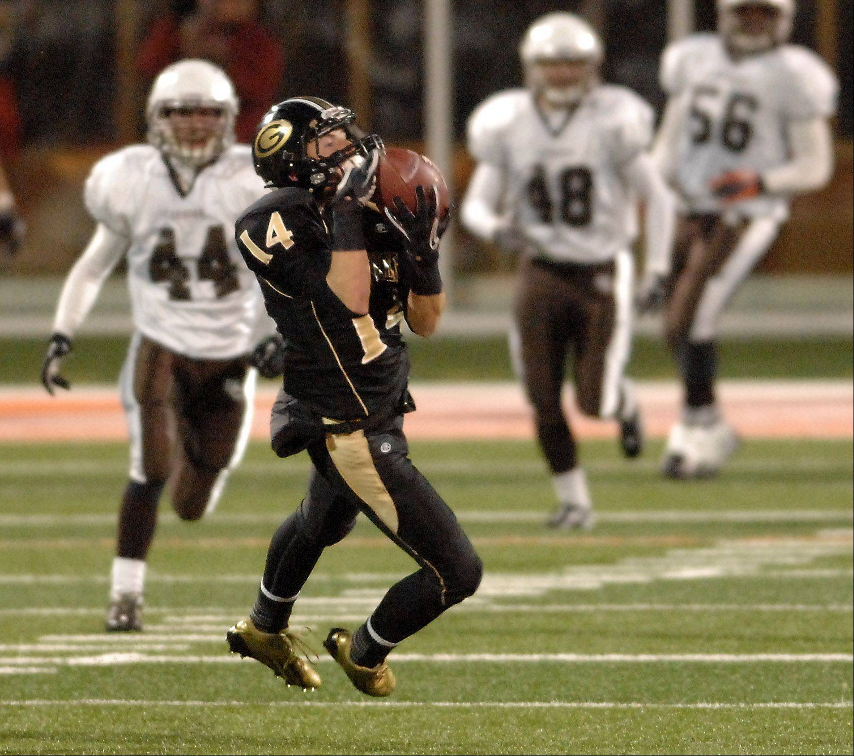 Glenbard North's Ryan Storto hauls in a catch during Saturday's Class 8A state title game at Memorial Stadium in Champaign.