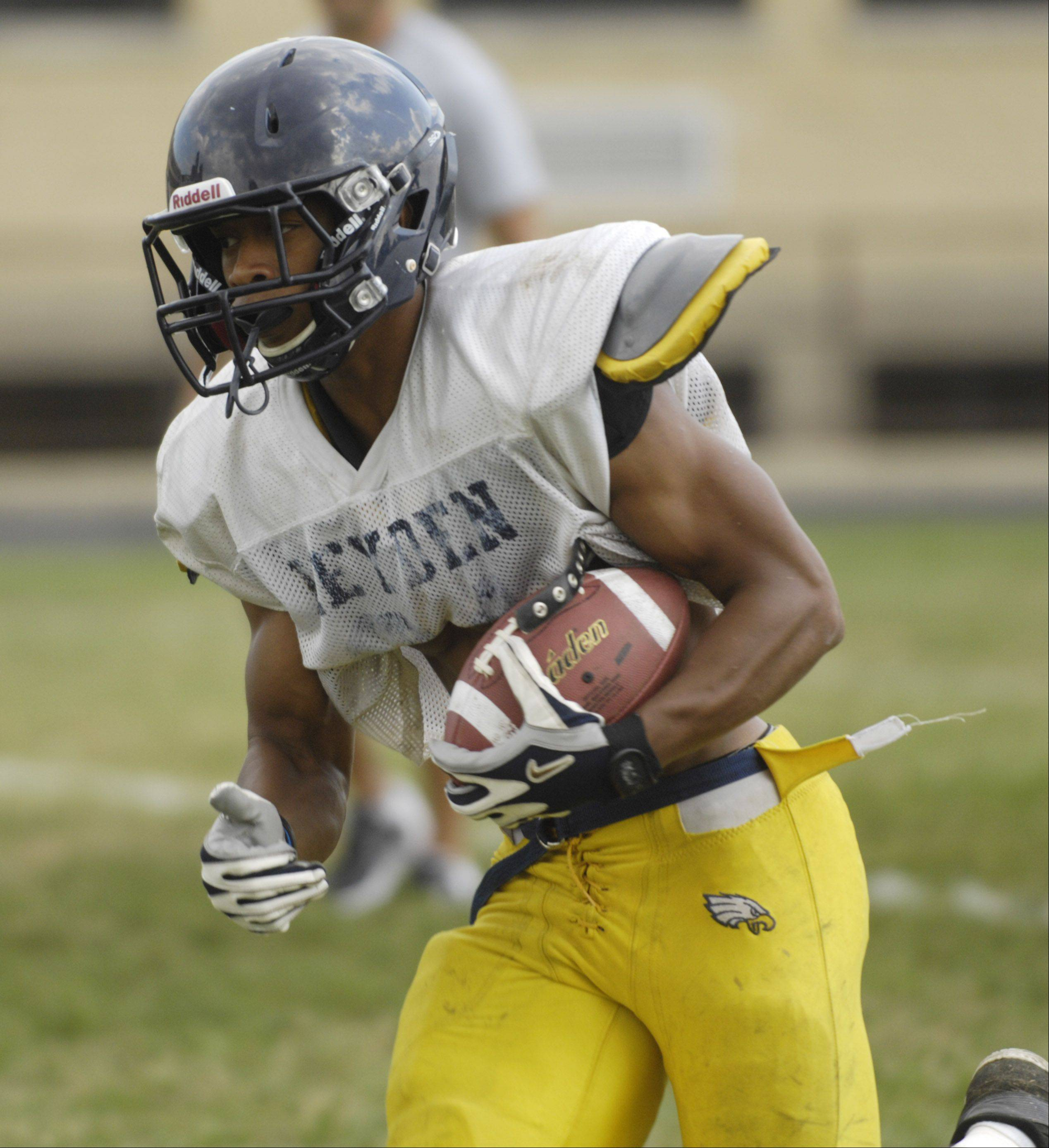 Running back Keenon Davis is among the key returning players for defending West Suburban Gold champion Leyden.