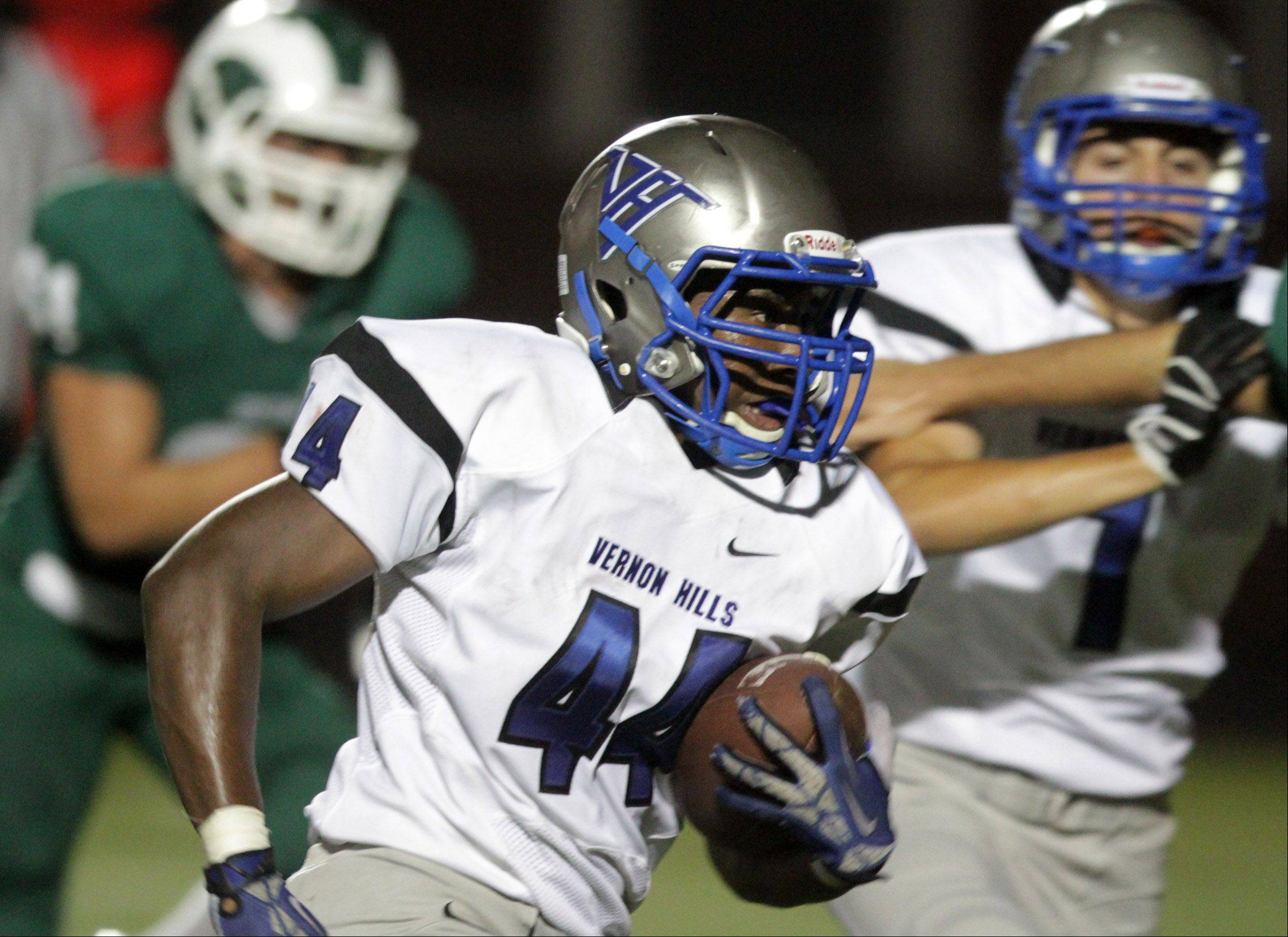 George LeClaire/gleclaire@dailyherald.com Vernon Hills' running back Kyle Thomas runs the ball against Grayslake Central at Grayslake Central on Friday, September 6, 2013.