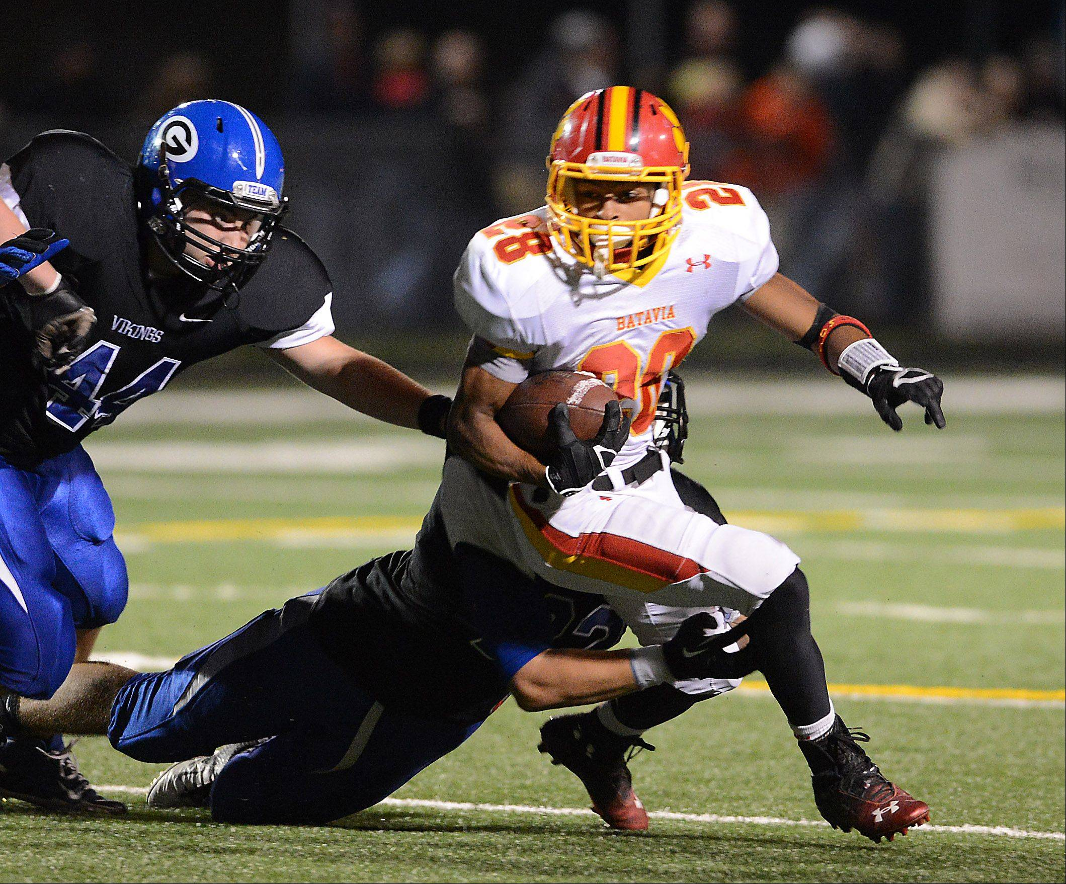 Rick West/rwest@dailyherald.com Week 3 � Images from the Geneva vs. Batavia football game Friday, September 13, 2013.