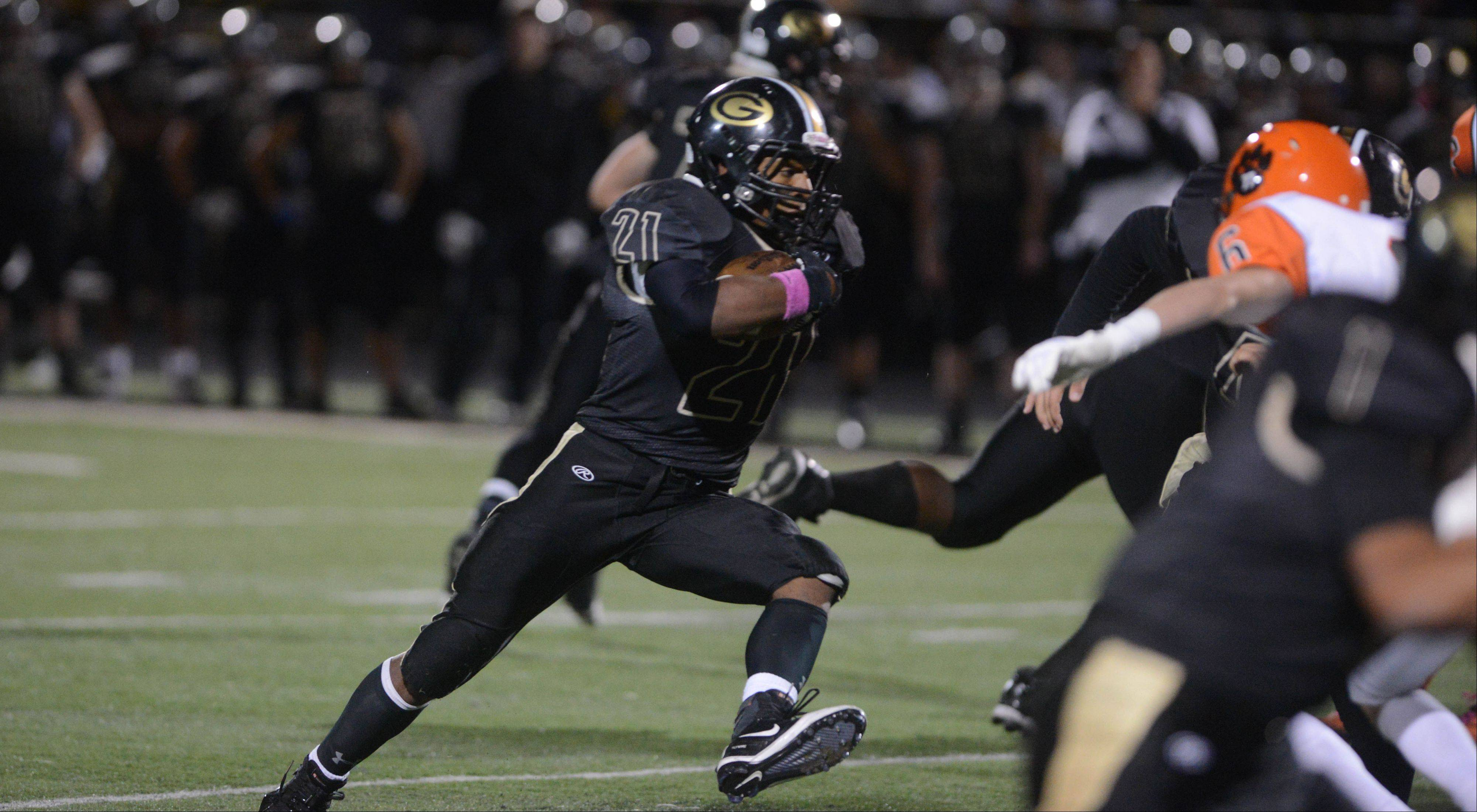 Jackson, Glenbard North put on a show again