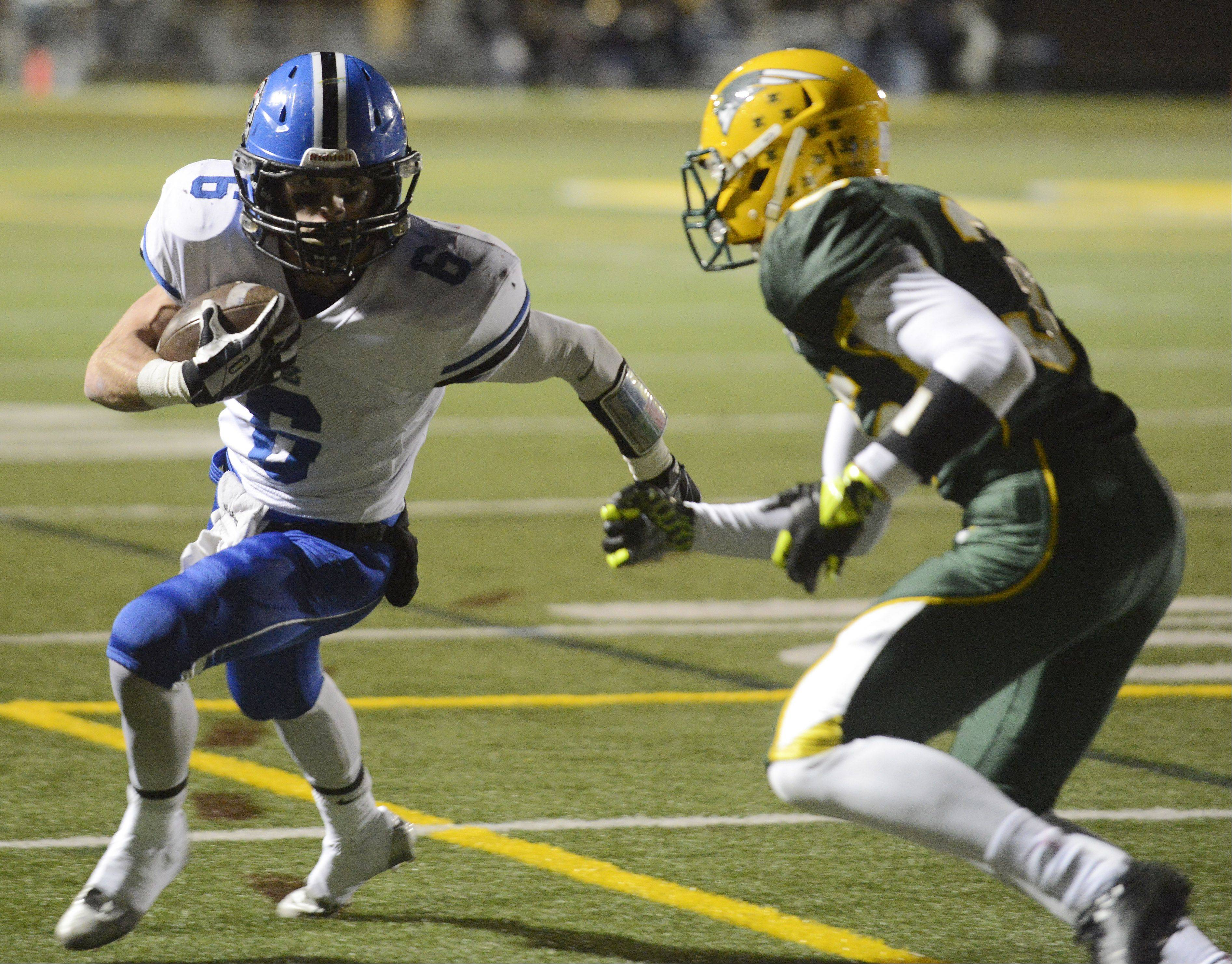Images: Stevenson vs. Lake Zurich football