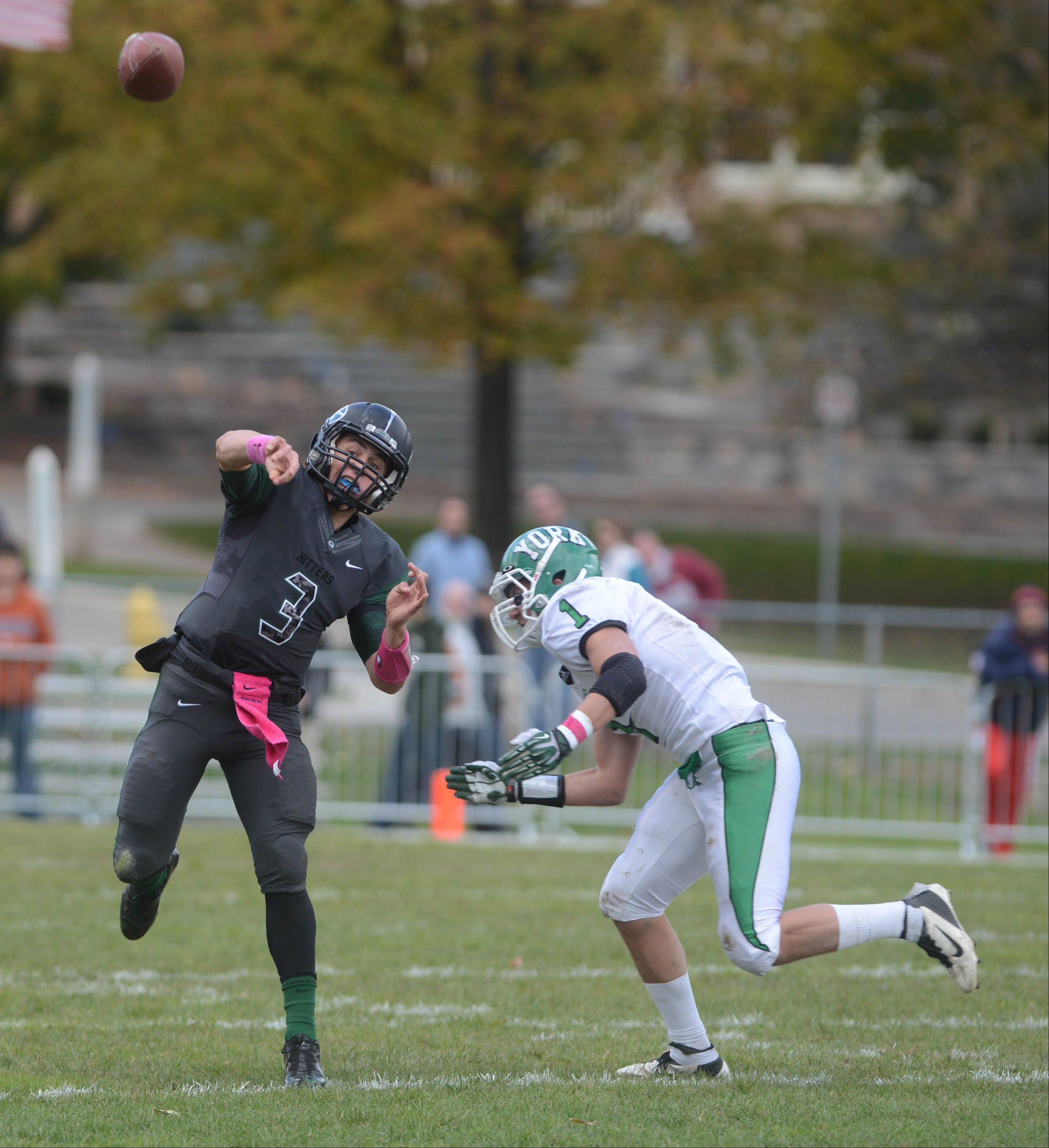 Glenbard West wins 8th straight