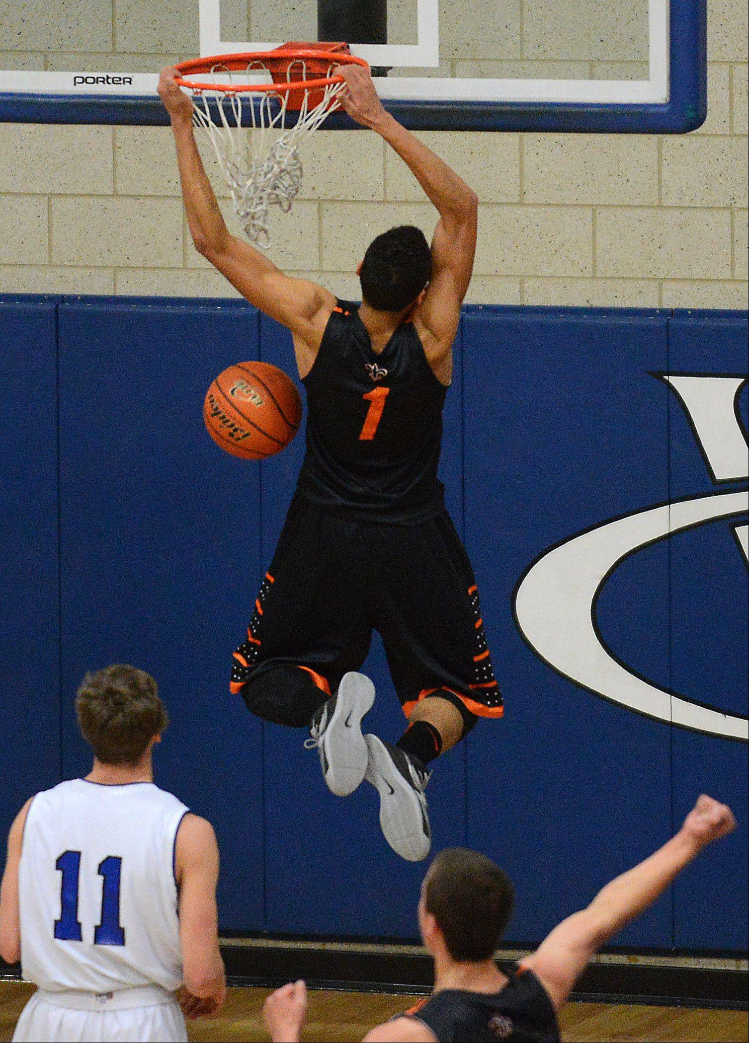 St. Charles East stays in River race