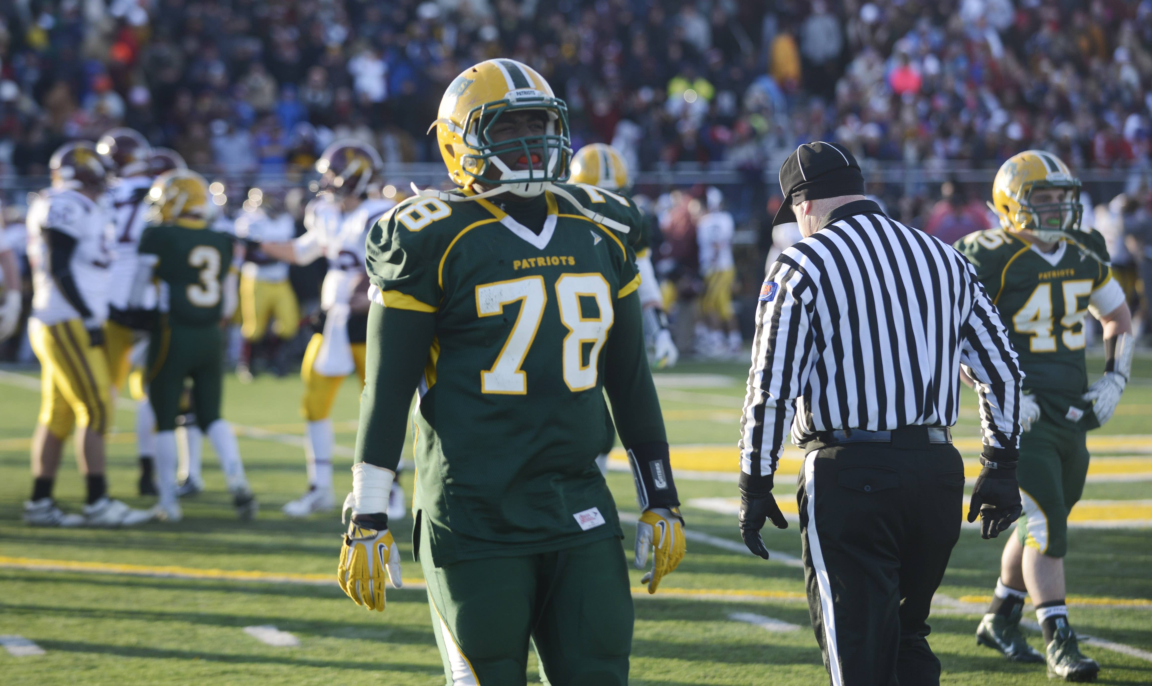 Stevenson lineman Nick Dillon will play for Eastern Michigan next year.