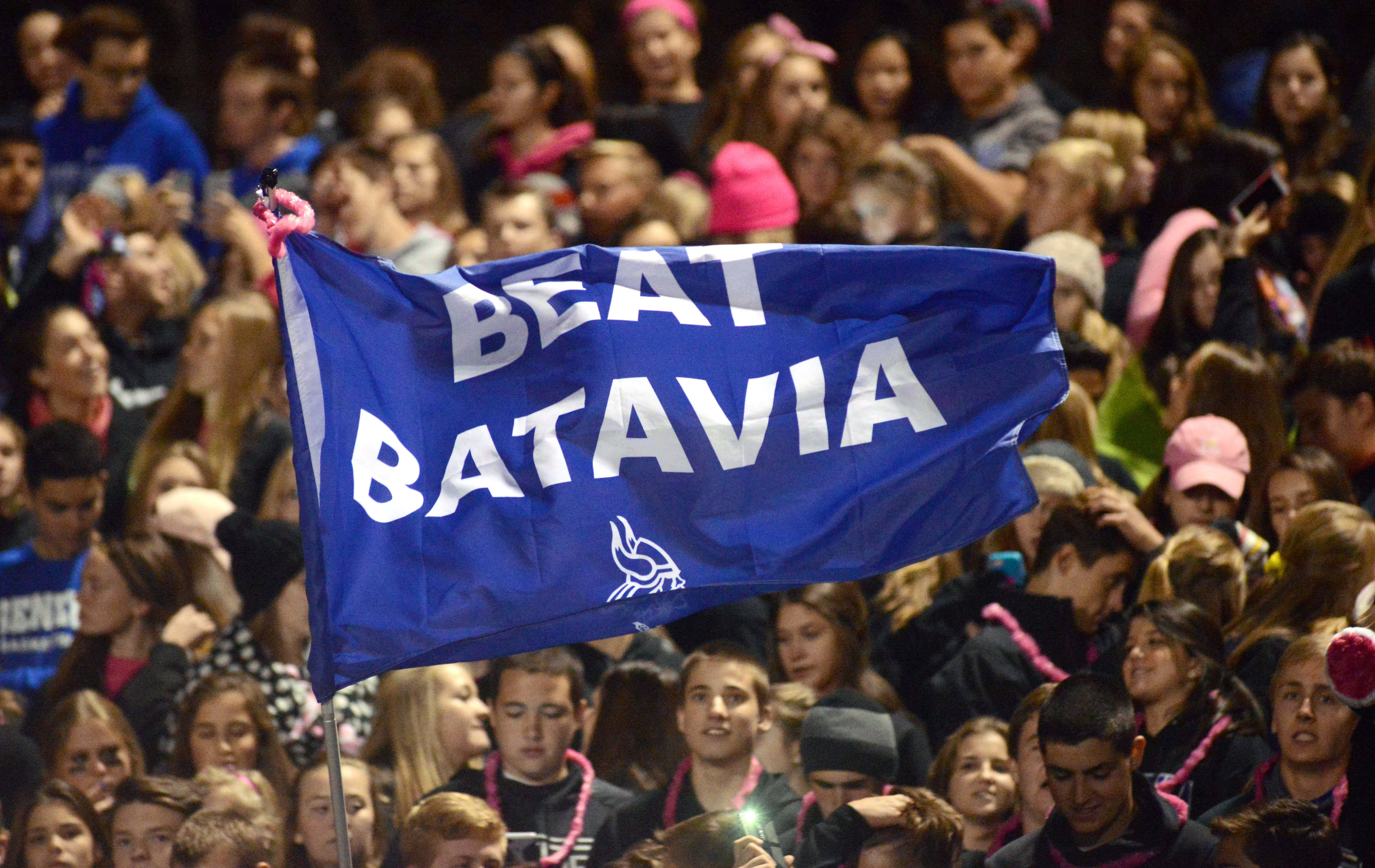 "Geneva fans fly a ""Beat Batavia"" flag last season, something no team in the Upstate Eight River has been able to do since 2010. The Bulldogs bring a 32-game division winning streak into the 2016 season."
