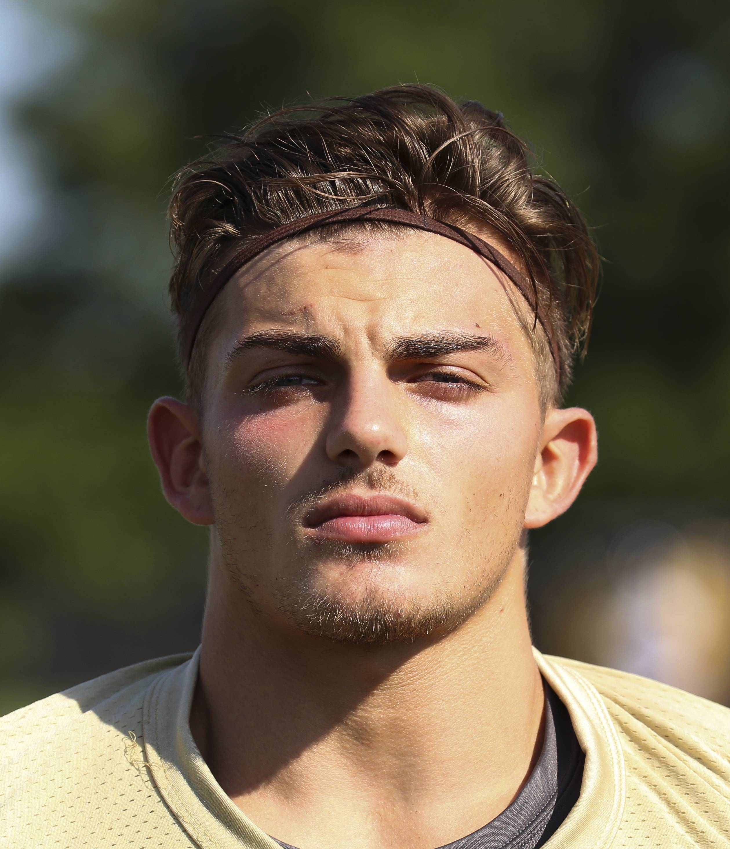 Bev Horne/bhorne@dailyherald.comVittorio Tricase of Glenbard North football.