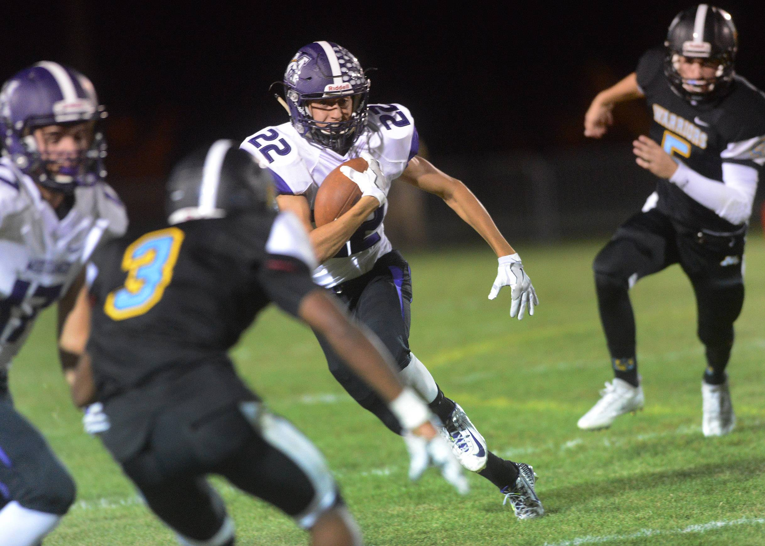 Images: Maine West falls to Rolling Meadows, 13-0 in football