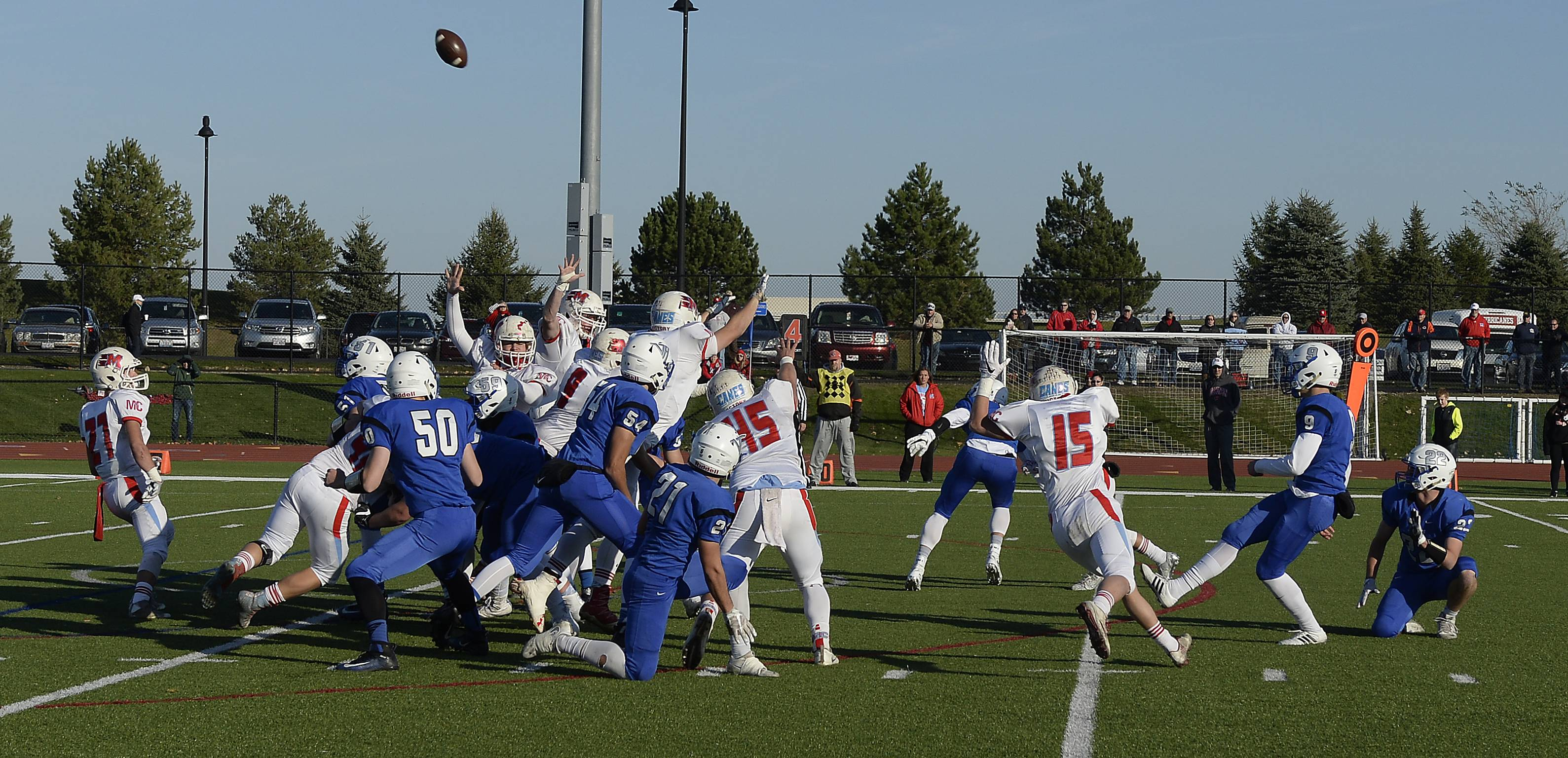 Vernon Hills' Andre Szmyt scores 3 on this field goal in the third quarter to put Vernon Hills head in the Class 5A state quarterfinals at Vernon Hills on Saturday.