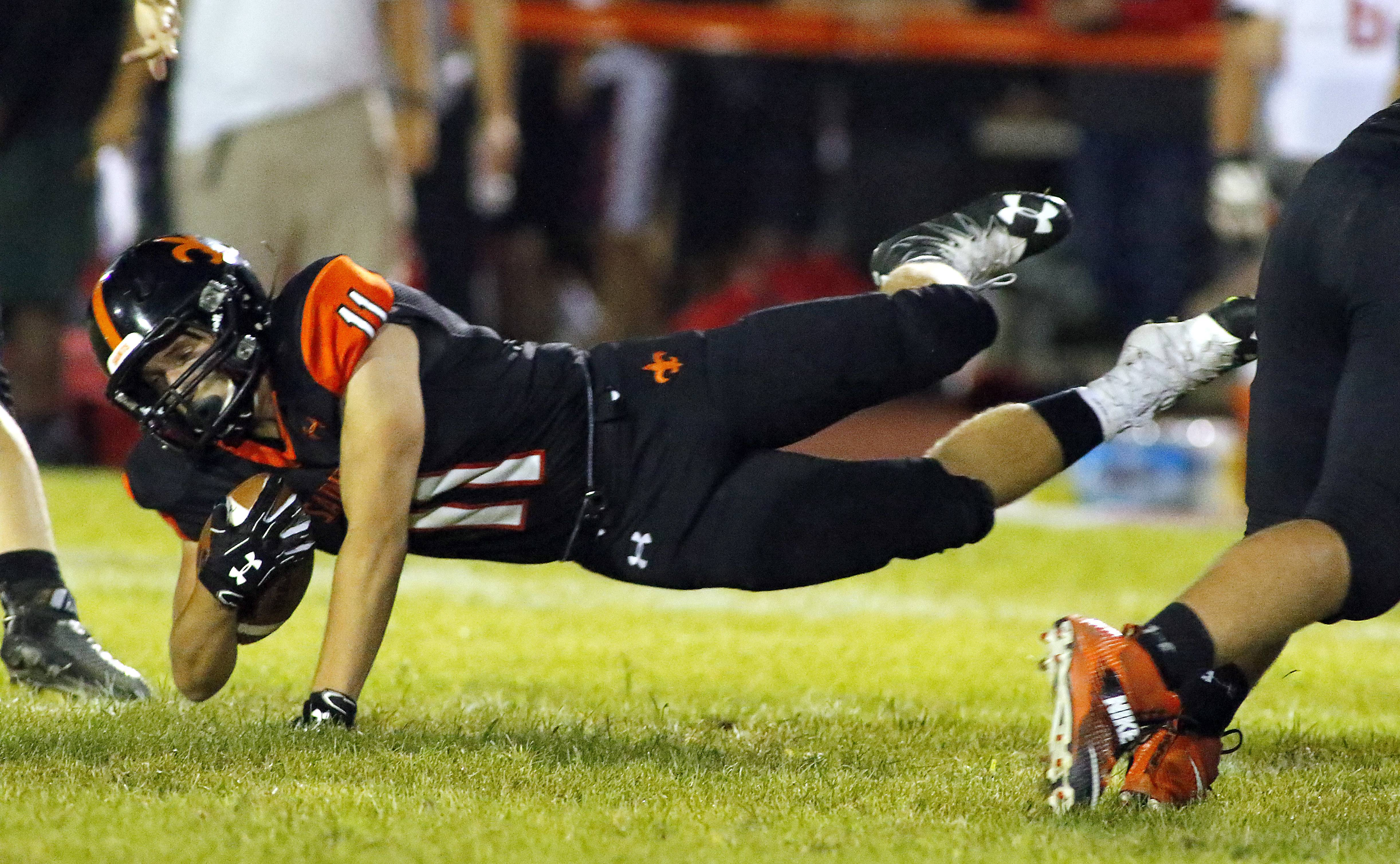 St. Charles East hopes to build on success of 2016