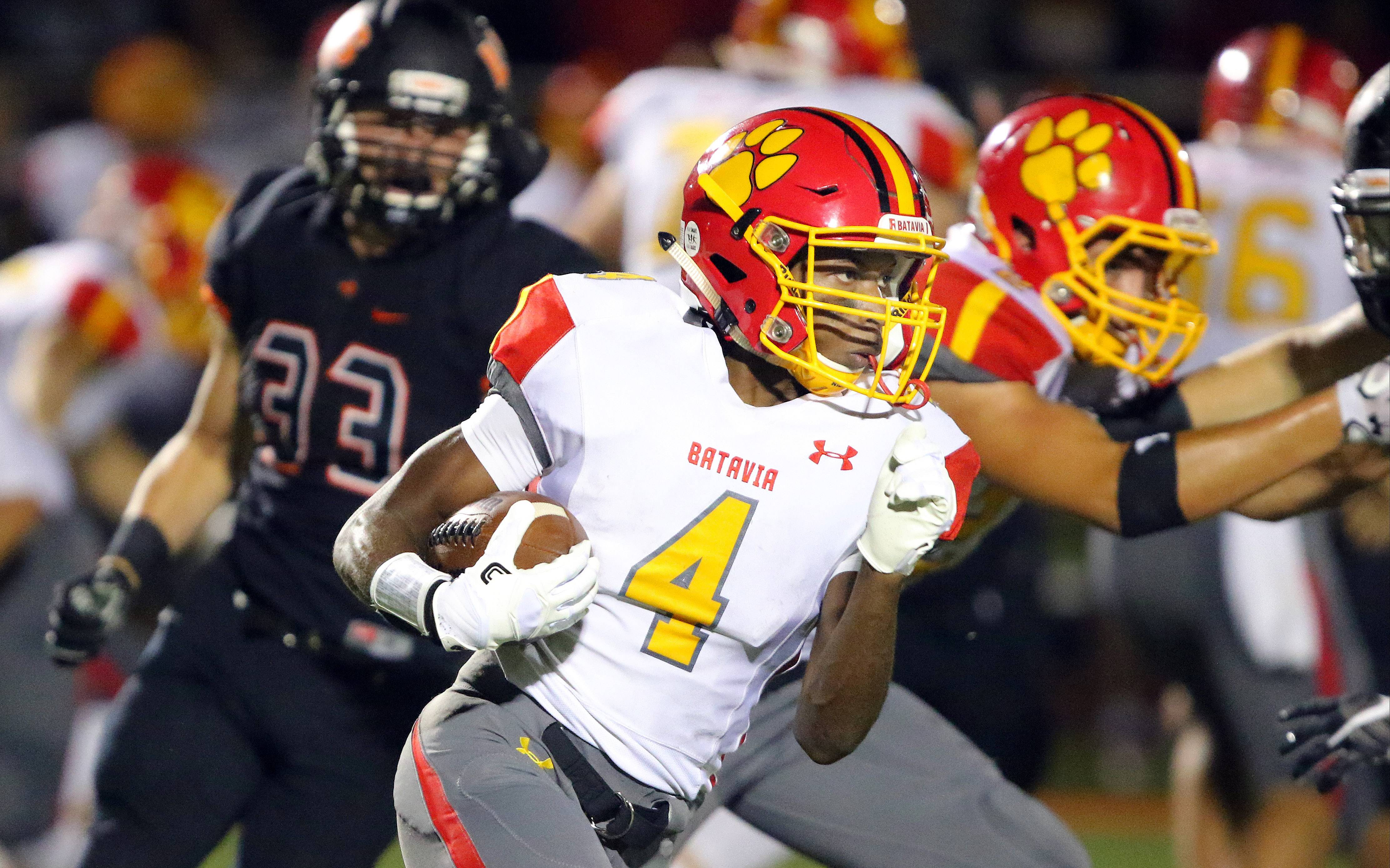 Batavia and running back Reggie Phillips hope to return to the top of the Upstate Eight River this season.
