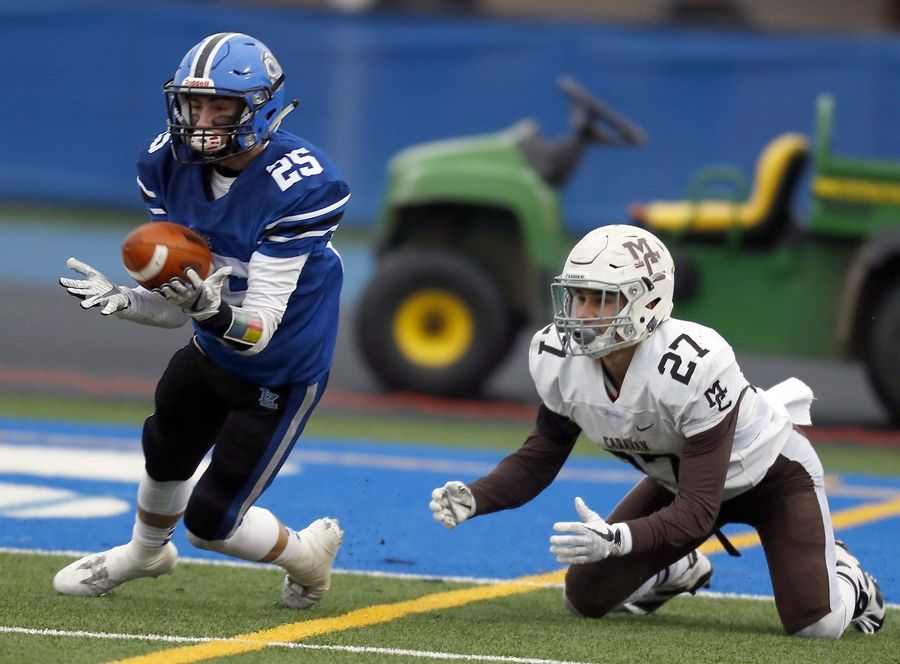 Lake Zurich Football >> Images Lake Zurich Vs Mt Carmel Semifinal Football