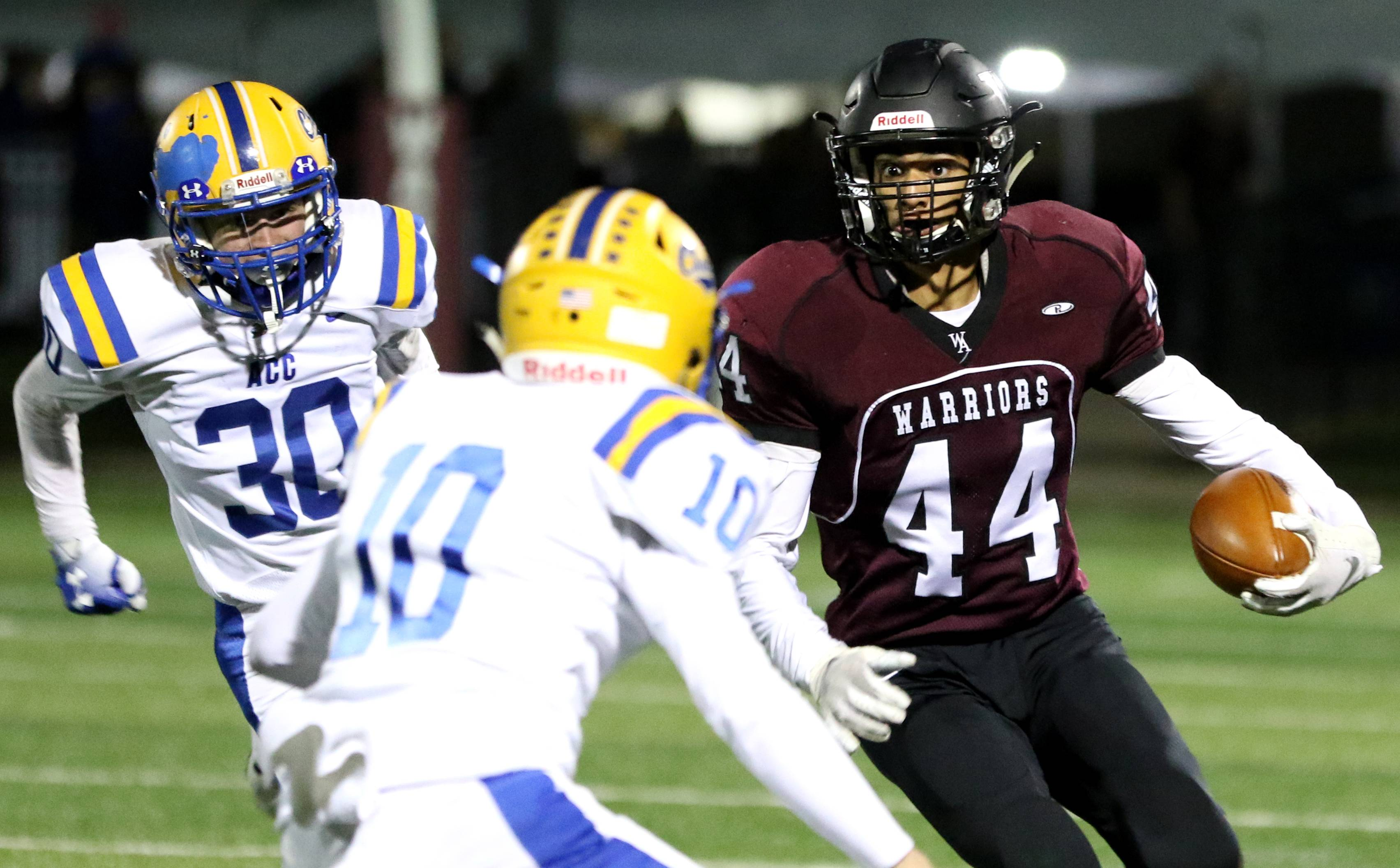 Wheaton Academy gets the hang of Thursday night football