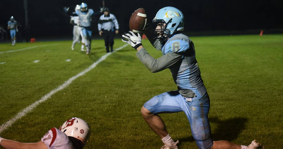Historic win for Maine West