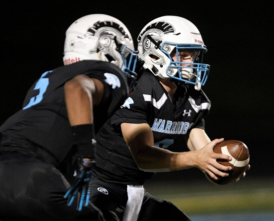 Willowbrook will play at Hinsdale South on Friday night, a game that could decide the West Suburban Conference Gold Division football championship.