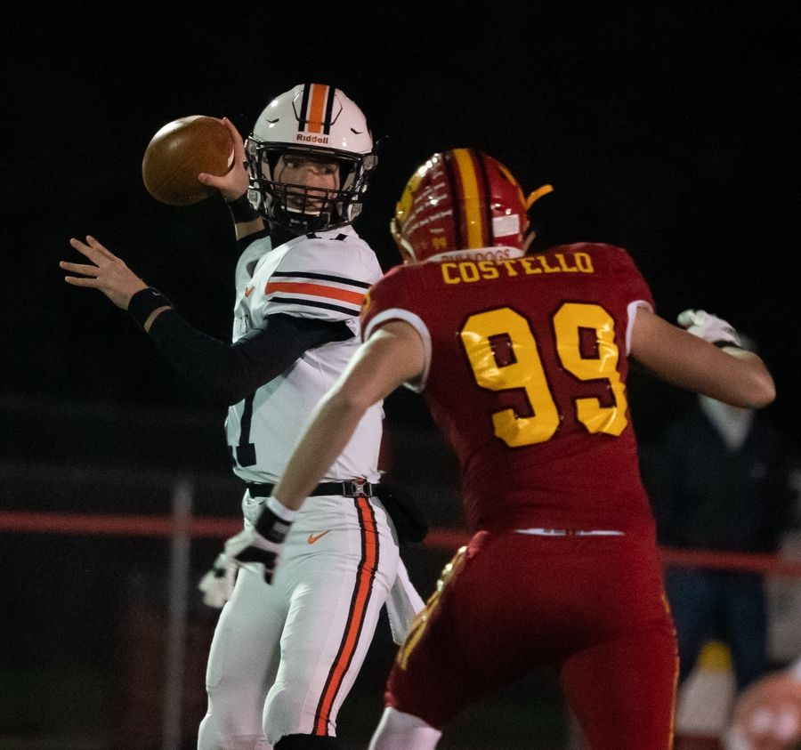 St. Charles East's Nathan Hayes (17) looks downfield against Batavia at Batavia High School in Batavia, IL on Friday, October 11, 2019