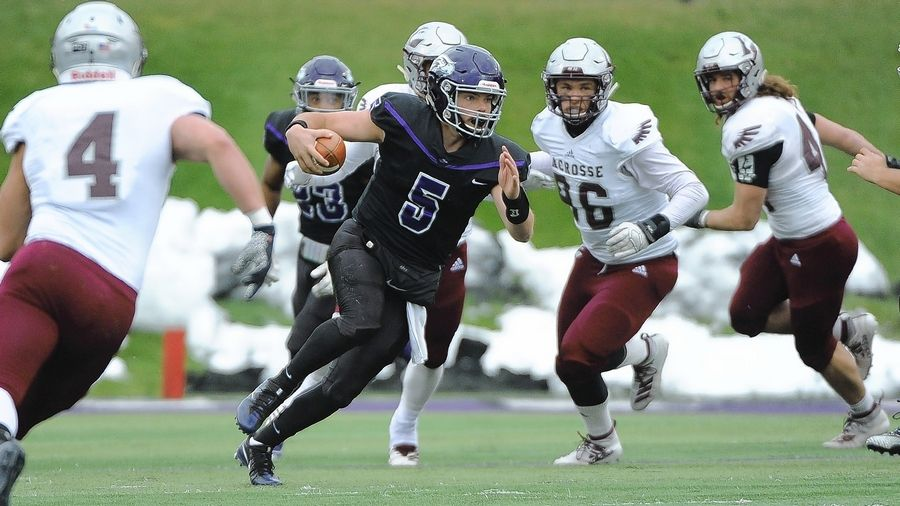 Palatine graduate Zach Oles has been a key contributor for the Wisconsin-Whitewater football team, which will play North Central College on Friday in the NCAA Division III National Championship game.