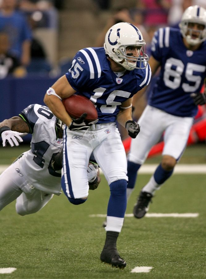 Dan Sheldon played in the preseason for the Indianapolis Colts in 2006.